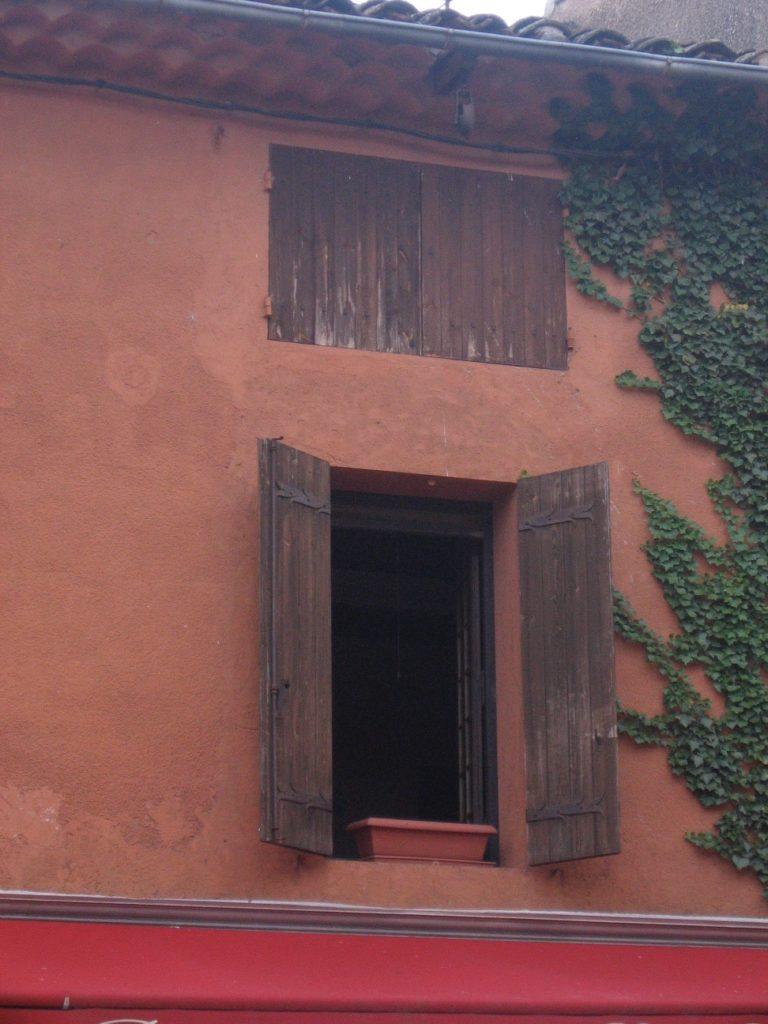 ockerfarbene Häuser in Roussillon