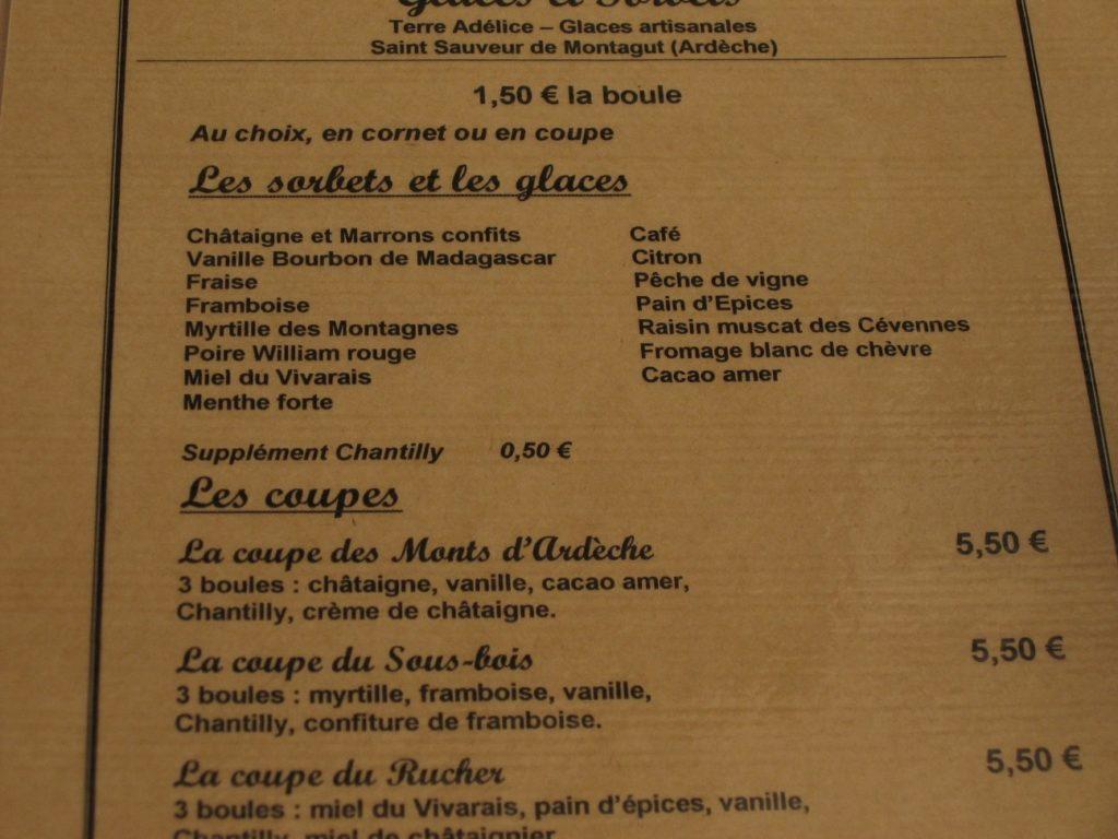 Die Dessertkarte des Cafés